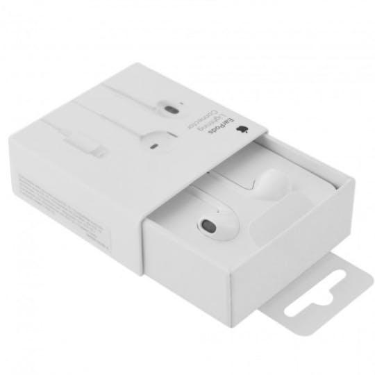 Apple Earpods White met Lightning connector